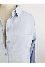 Chemise surdimensionnée avec broderie dans le dos
