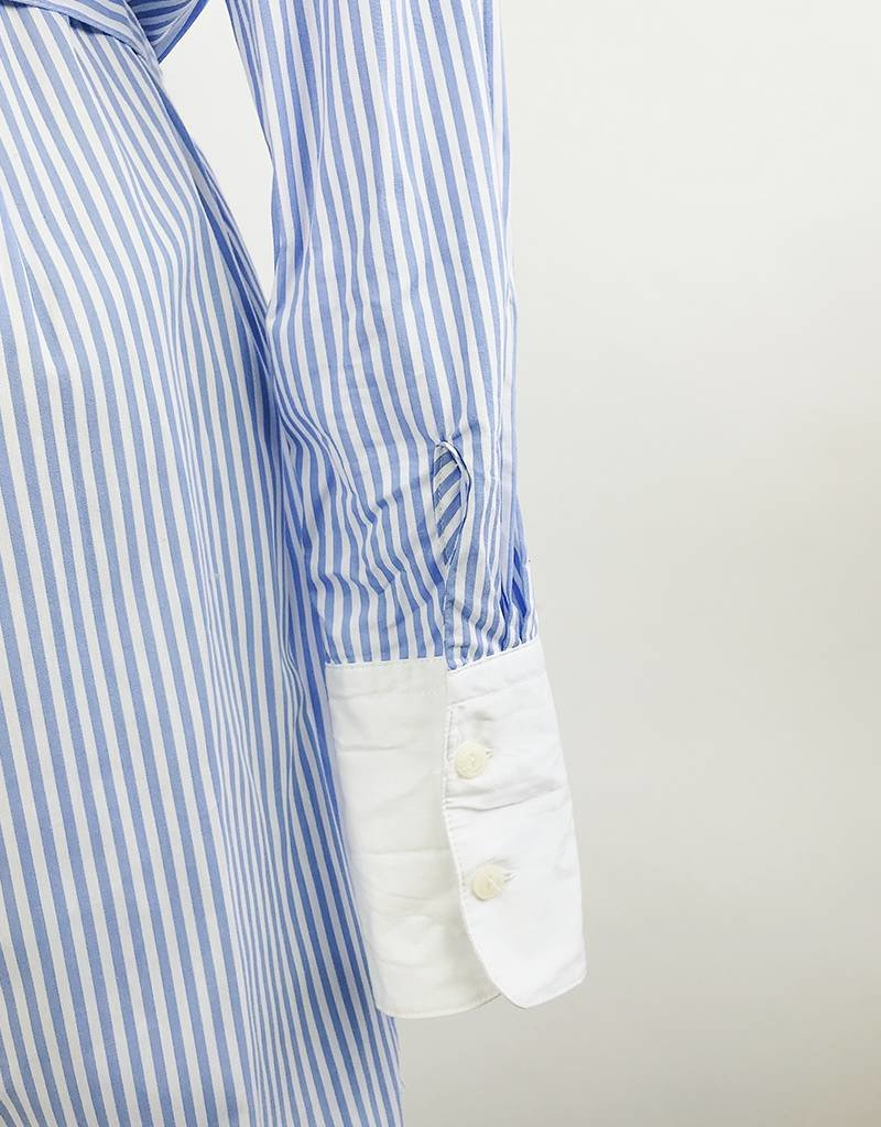 Robe chemise rayée avec ceinture