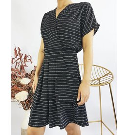 Wrap Style Short Dress With Front Pockets