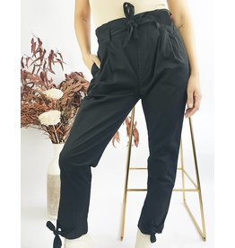 Pantalon taille haute à ceinture et noeuds aux chevilles - Noir