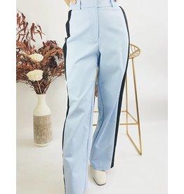 Pantalon taille haute à bandes sur les côtés