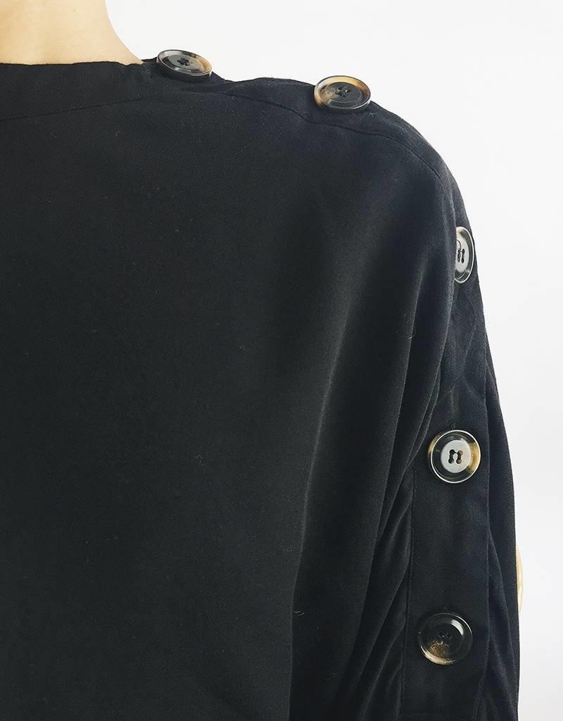Blouse à manches chauve-souris avec détail noué et boutons