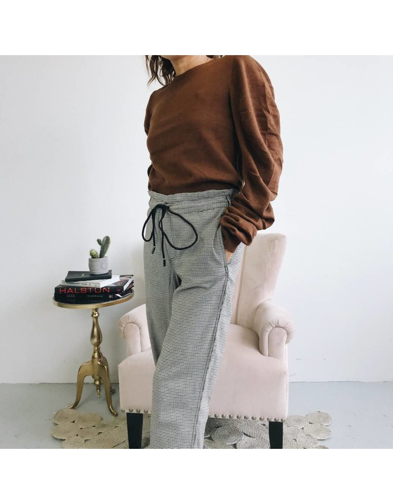 Long Pants With Drawstring Waist