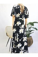 Robe longue à imprimé floral et décolleté plongeant