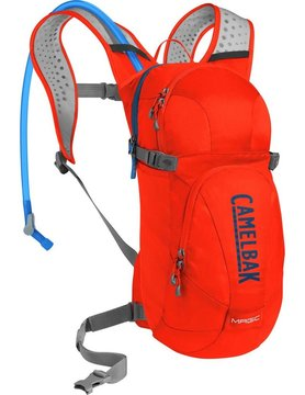 CAMELBAK CAMELBAK MAGIC 70 OZ CHERRY TOMATO/PITCH BLUE
