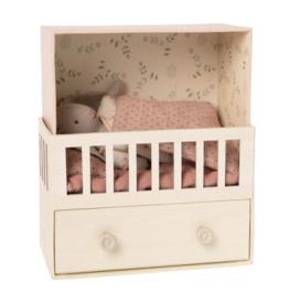 Maileg Maileg - Baby Room with Micro Rabbit