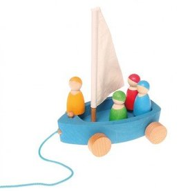 Grimm's Grimm's - Large Land Yacht Pull Toy - 4 Sailors