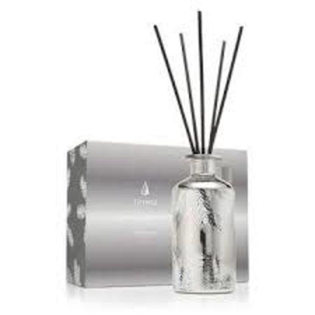 Thymes Thymes Fraisier Fir Statement Fragrance Diffuser