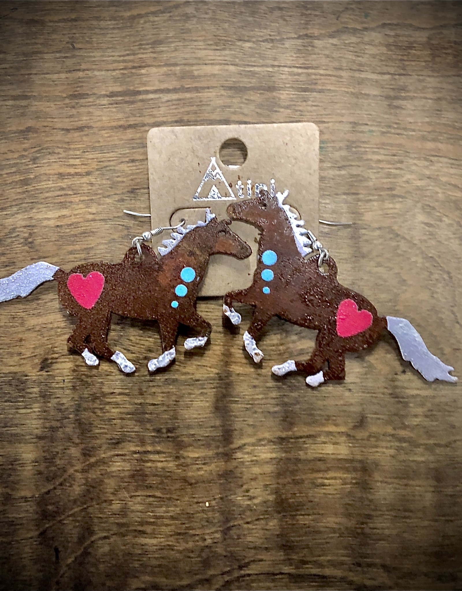 "EARRING HORSE METAL RUSTIC HEART 3.5"" WIDE"