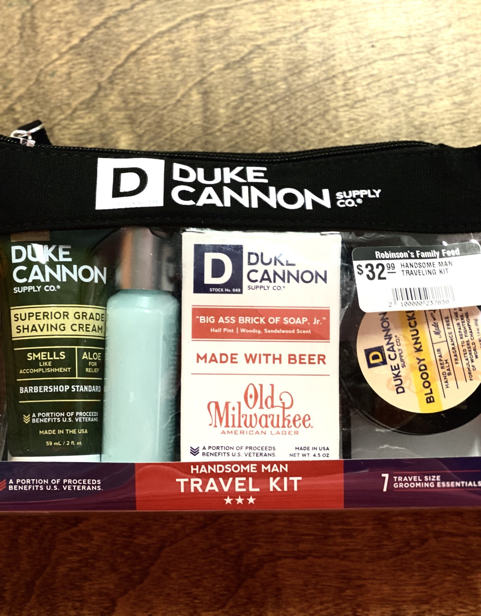 HANDSOME MAN TRAVELING KIT DUKE CANON