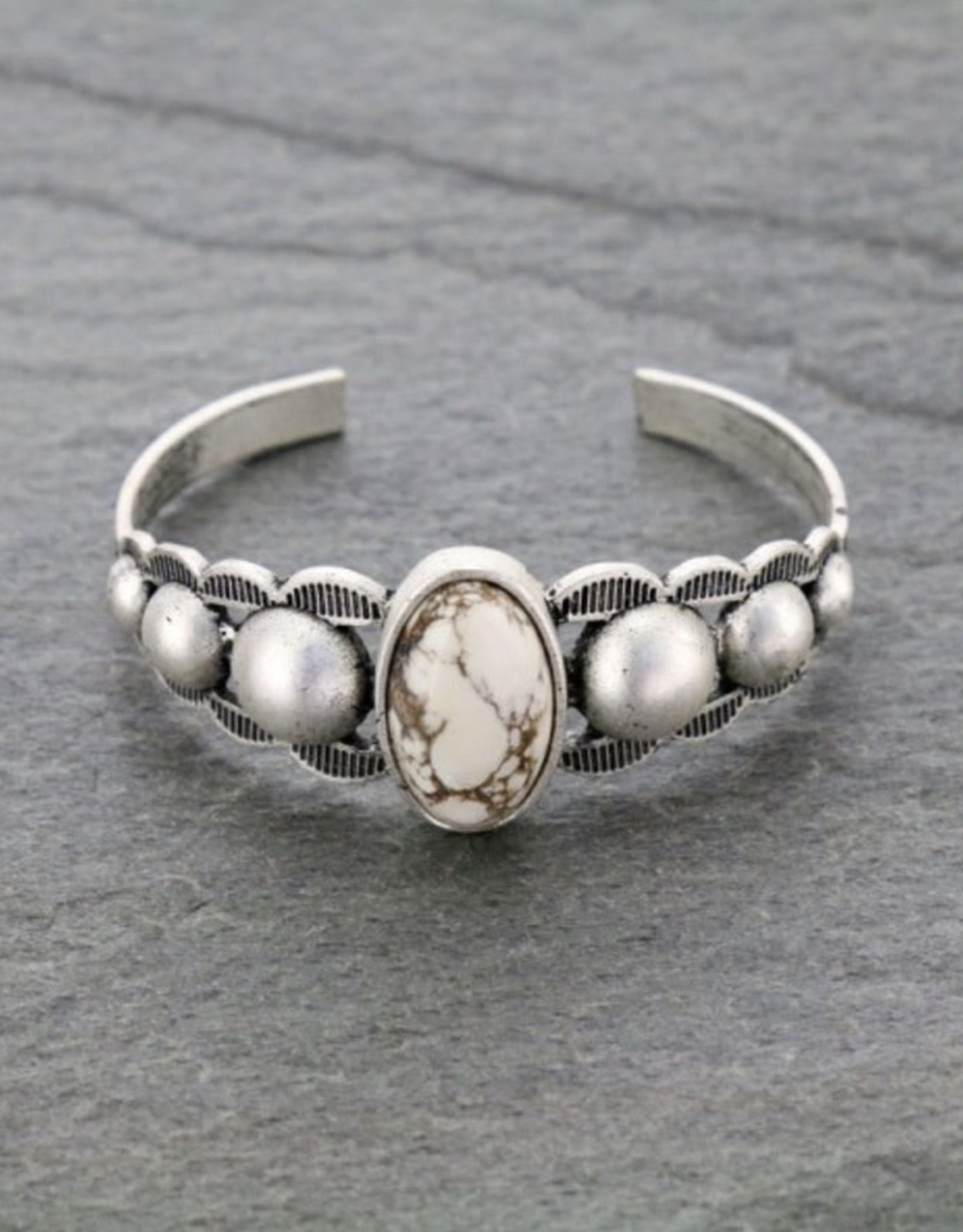 BRACELET NATURAL STONE OVAL DOTS WHITE