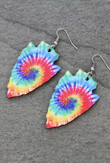 EARRING TIE DYE ARROWHEAD WOOD DANGLE