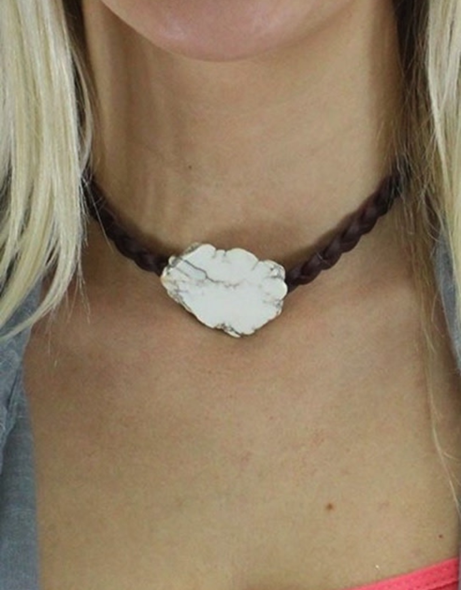 NECKLACE STONE BRAIDED CHOKER IVORY AND BROWN