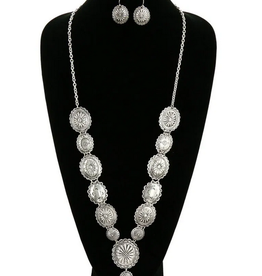 NECKLACE SET LONG WESTERN CONCHO
