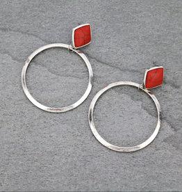 EARRING HOOP WITH DIAMOND SHAPED STONE STUD