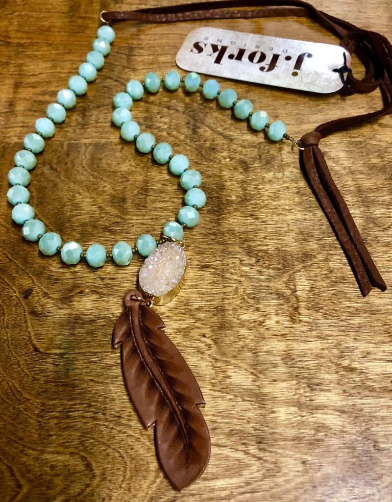 NECKLACE MINT CRYSTAL W DRUZY & LEATHER FEATHER 15969 30""