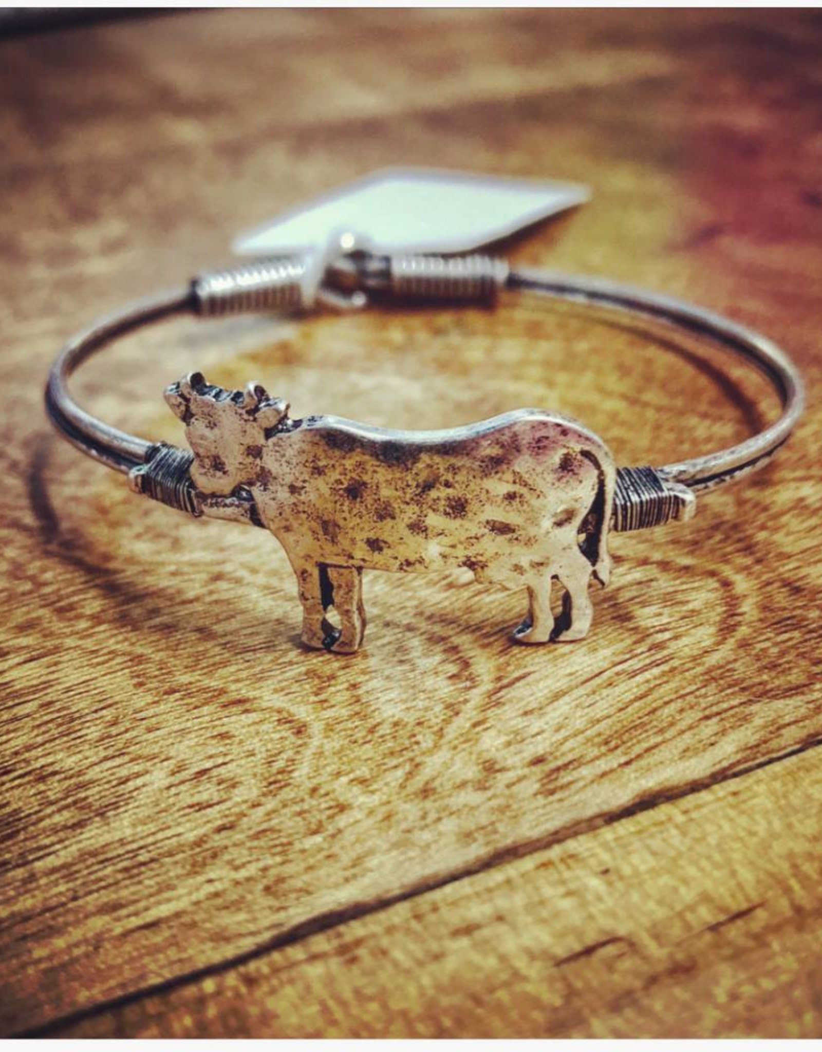 BRACELET COW HAMMERED METAL