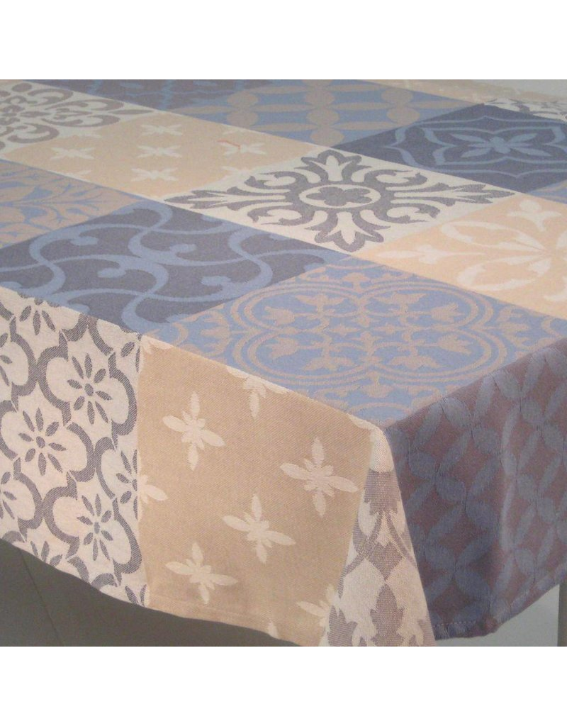 Carces Jacquard, Grey w/ Blue