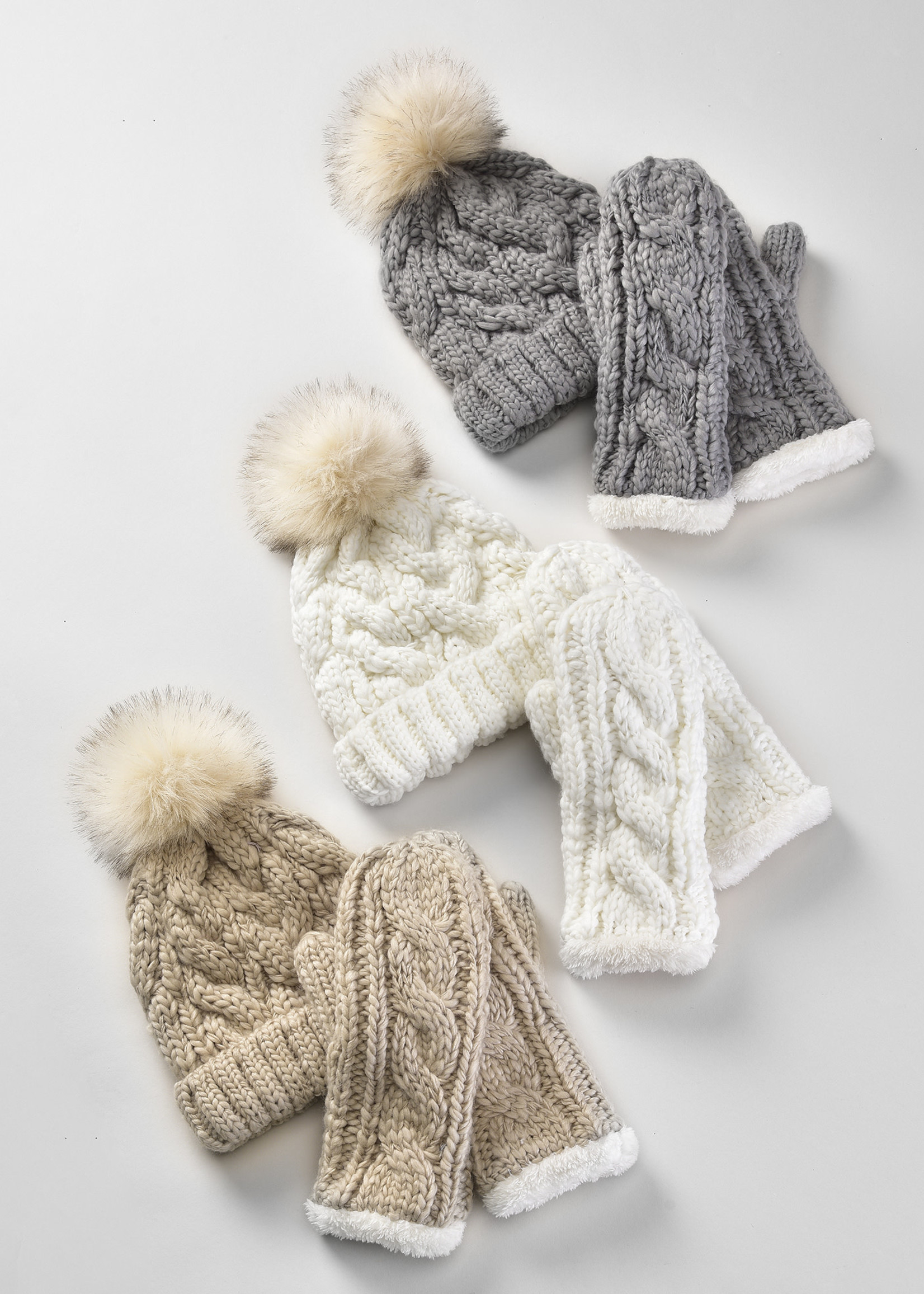 Charlie Page Cable Knit Gloves - Beige