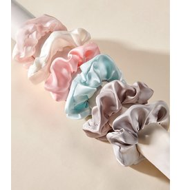 Charlie Page Silk Hair Scrunchie Light Grey