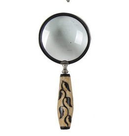 A&B Home Meryl Magnifying Glass Leaves Handle