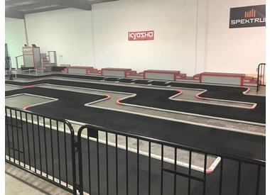 ON-ROAD R/C CIRCUIT