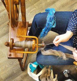 Class Learn to Spin on a Spinning Wheel