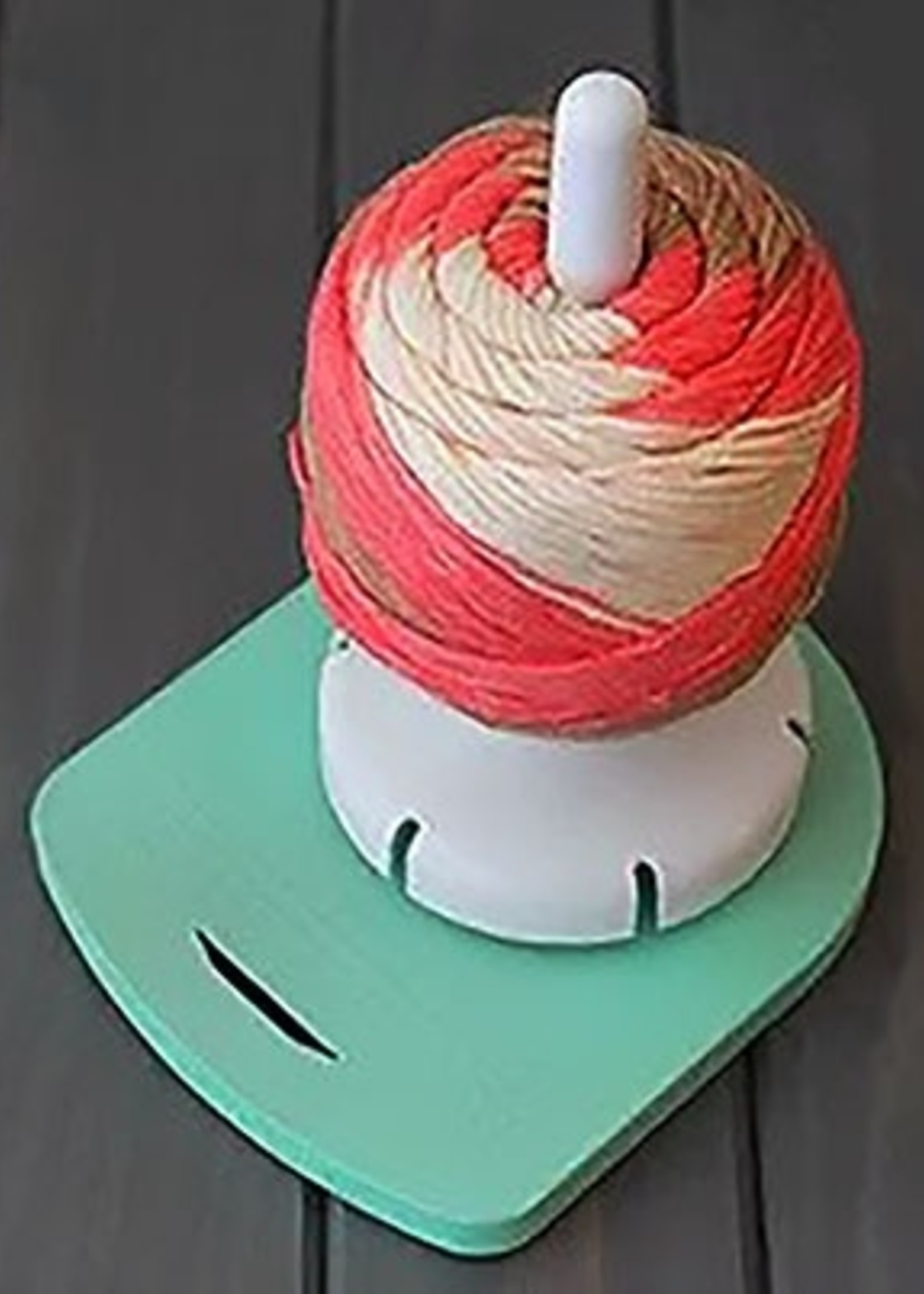 Yarn Valet Yarn Dispenser