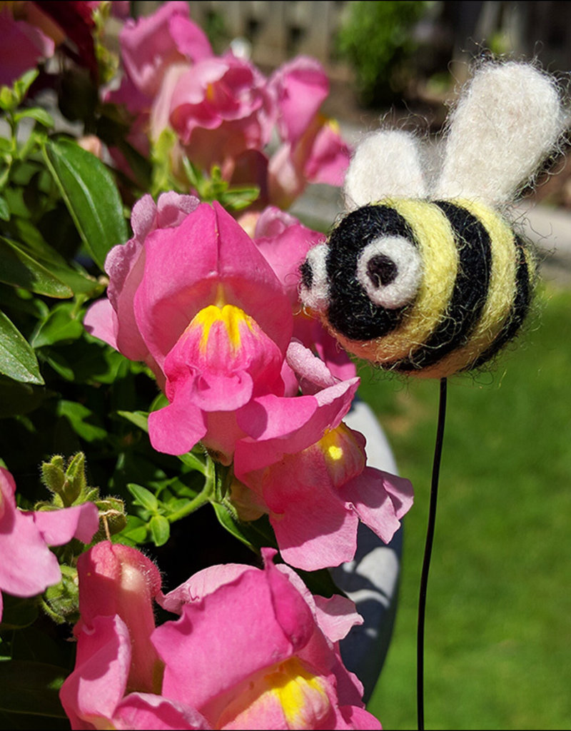 Class Needle Felting Bee