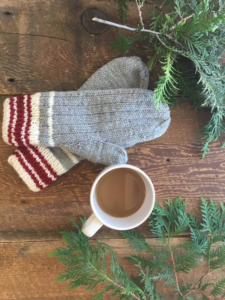 Knitting (or Crocheting) for Christmas in July !?