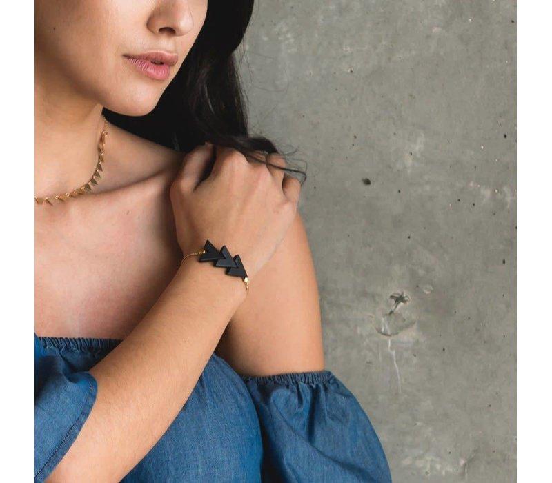 Triple V Bracelet Onyx
