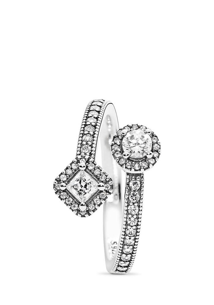 Abstract Elegance Ring