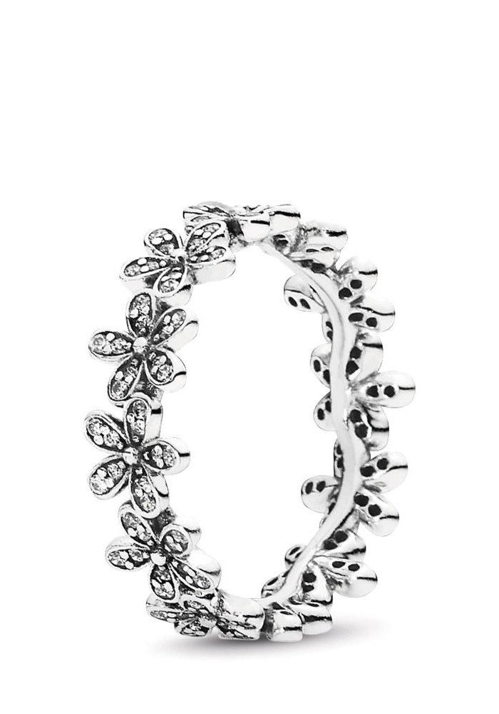 Dazzling Daisy Meadow Ring