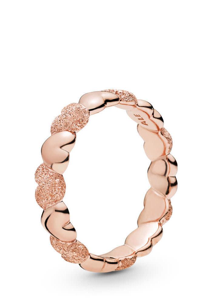 Matte Brilliance Hearts Ring, Pandora Rose™