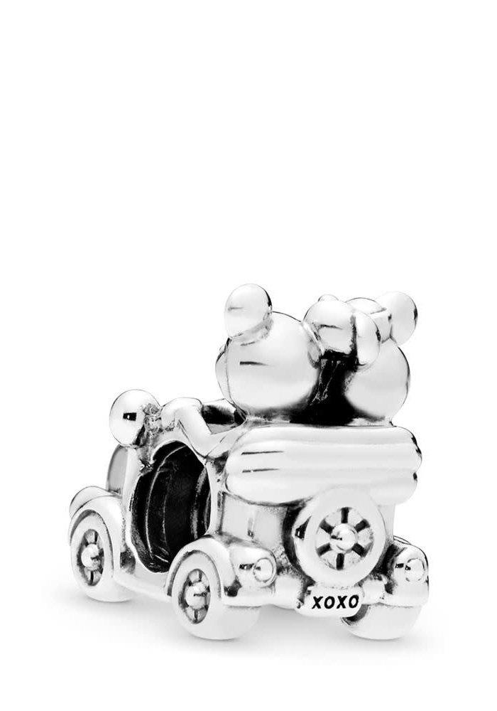 Disney, Mickey & Minnie Vintage Car Charm
