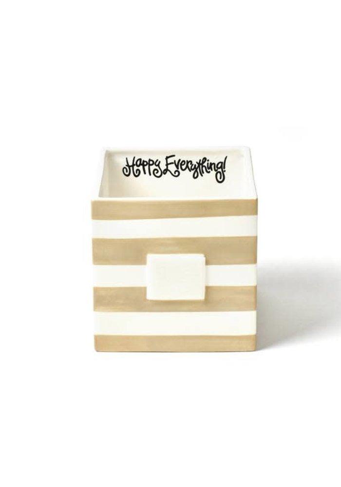 Neutral Nesting Cubes