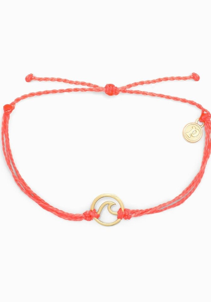 Gold Wave Charm Bracelet Strawberry