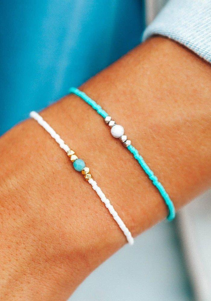 Gem & Tube Seed Bead Bracelet Turquoise/Howlite