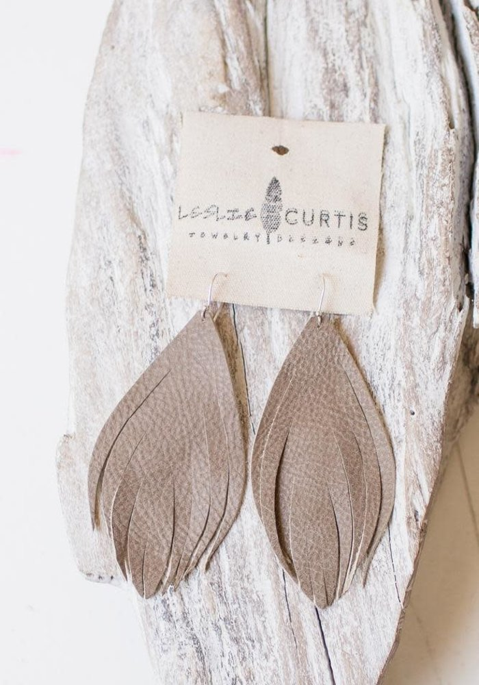 Charlotte Earrings (Medium)
