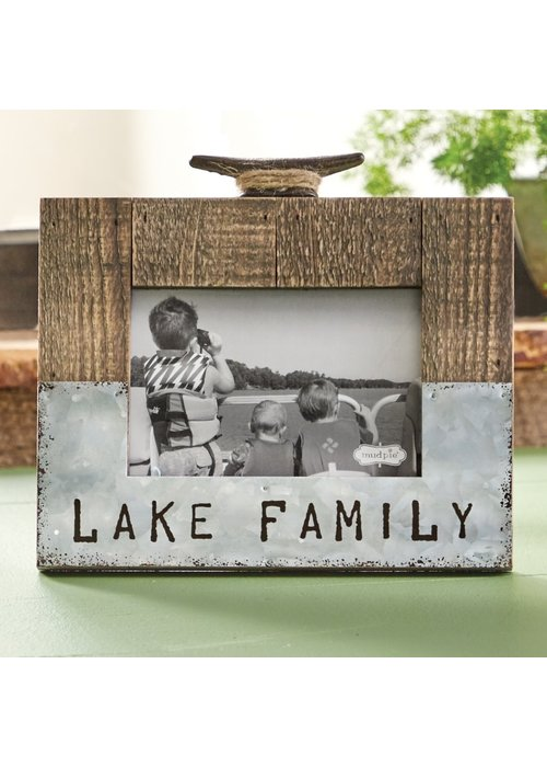 Mudpie Lake Family Frame