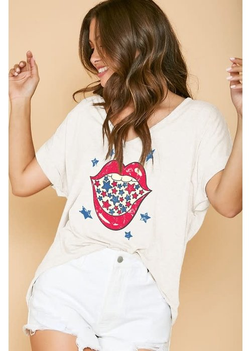 American Lips Graphic Tee
