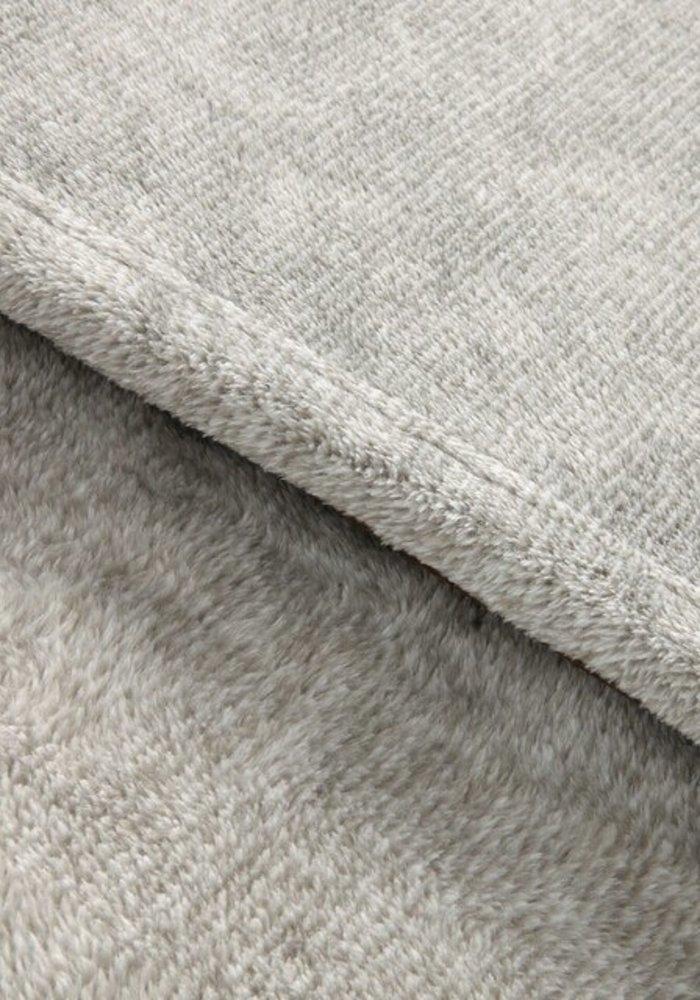 """""""Mom's Cuddle Blanket"""" Foot Pocket Blanket"""