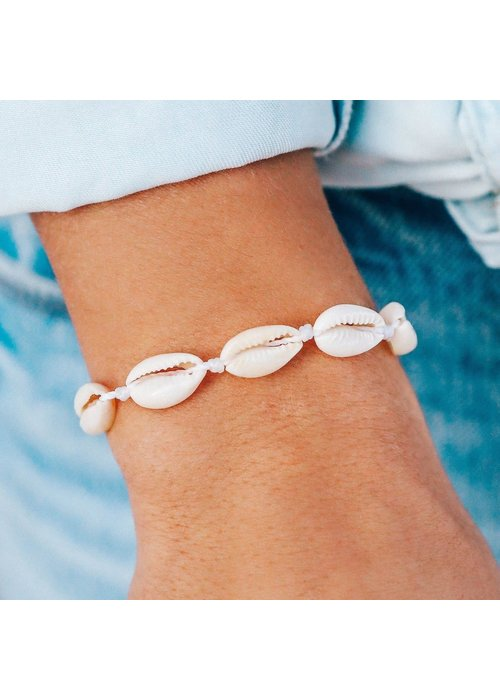 Pura Vida Knotted Cowries Shell Bracelet