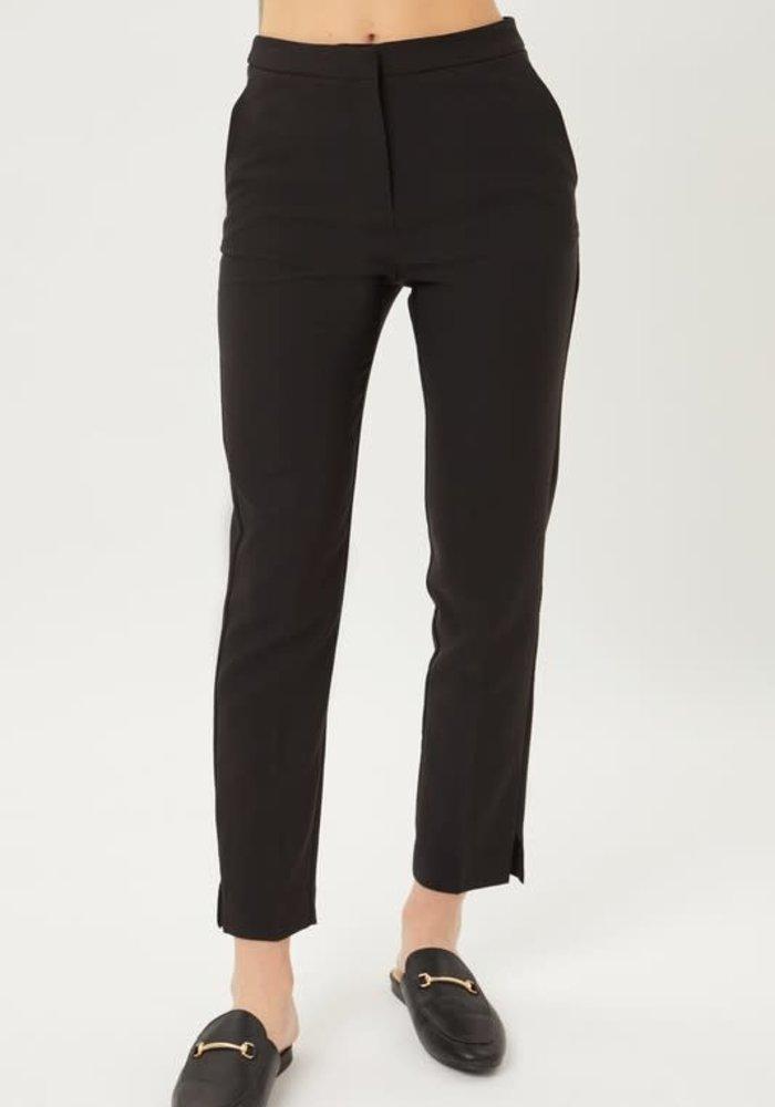 Pleated Stretchy Dress Pants