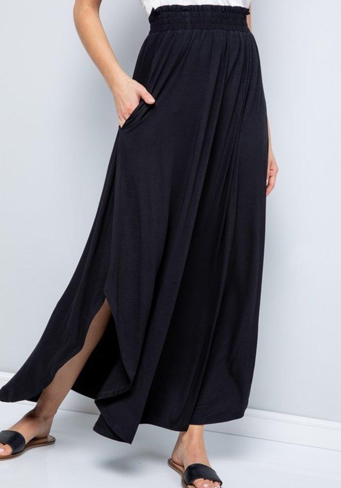Black Scoop Hem Maxi Skirt