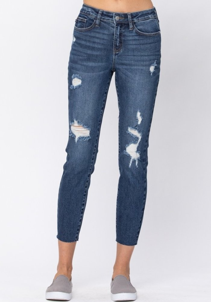 Relaxed Fit Vintage Cut Off Jeans