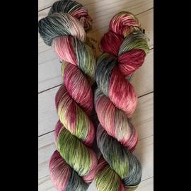 Olive & Two Ewe Rawlings - Pretty Pink Robin