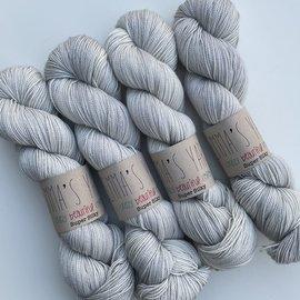 Emma's Yarn Super Silky - Jackie O