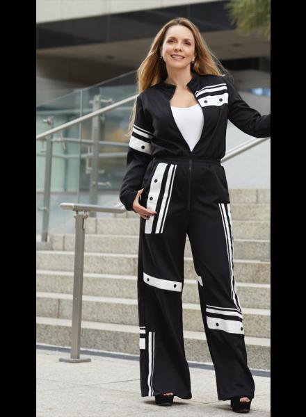 603244ca9eac4c Vienna White   black Jumpsuit Size M