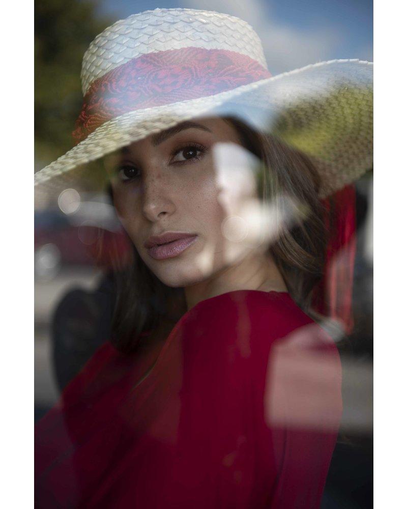 Margarita Diaz del Castillo HAT - Corozo (Natural/Red)